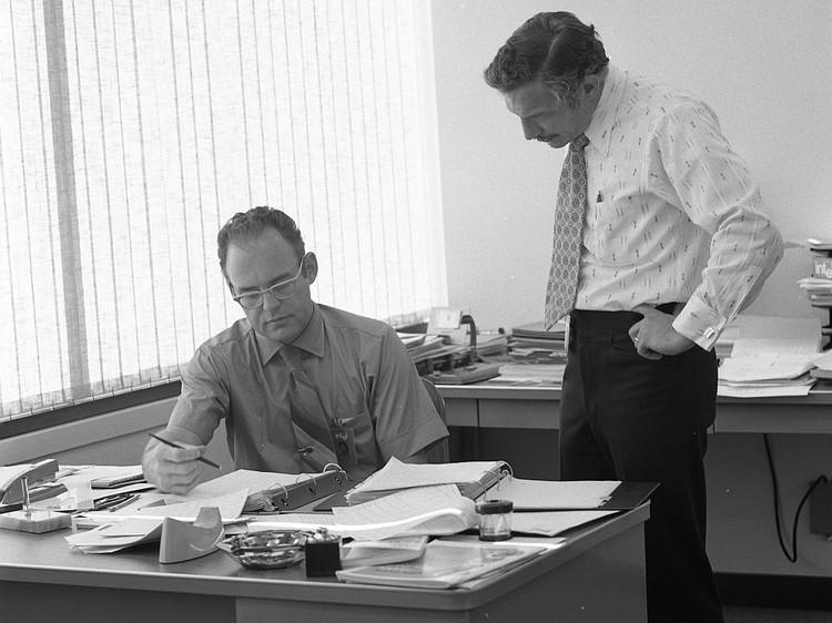 Duet Gordon Moore dan Robert Noyce