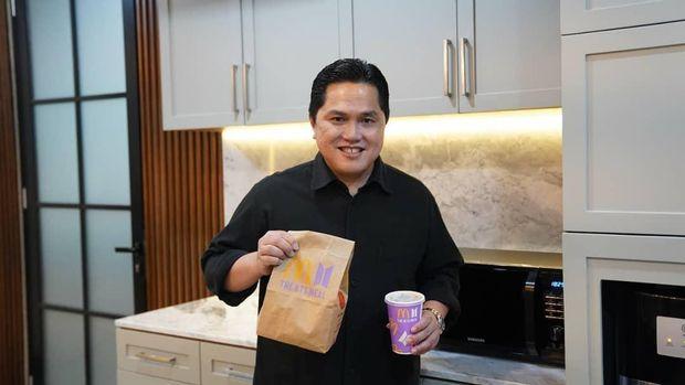 Erick Thohir Beli BTS Meal