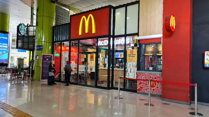 Gerai McD Stasiun Gambir yang Sudah Buka Lagi