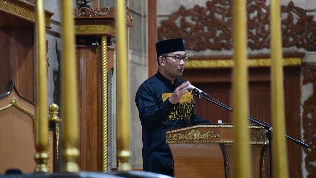 Salat Subuh Bersama Anies, RK: Lelaki Soleh Subuhnya di Masjid