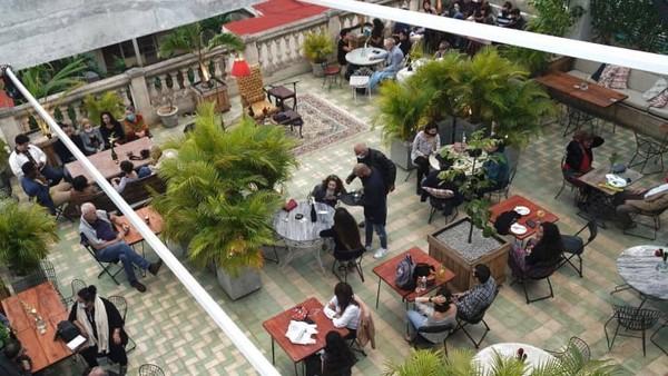 Fokus mereka menyoroti wisata kuliner, budaya dan kehidupan malamnya.San Isidro, Havana, Kuba diposisi keempat.
