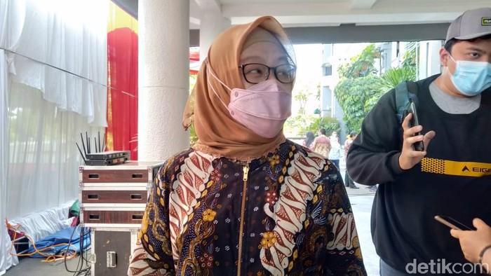 Kepala Dinas Kesehatan Surabaya Febria Rachmanita