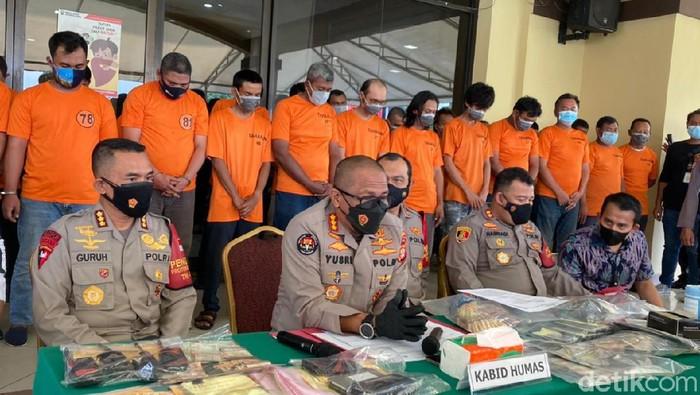 Konferensi pers pengungkapan pelaku pungutan liar di Polres Jakarta Utara