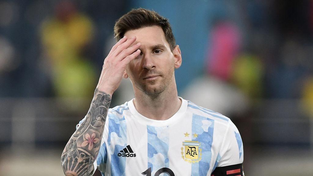 Argentina Diimbangi Chili, Messi dan Scaloni Keluhkan Kondisi Lapangan