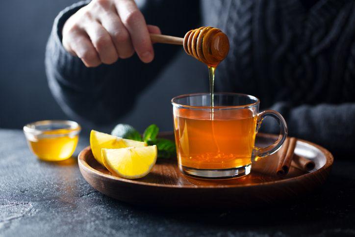 Ini 7 Manfaat Sehat Minum Teh Hijau Campur Madu