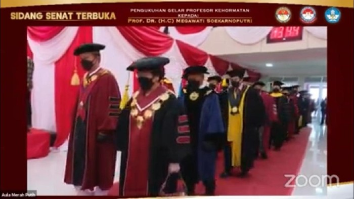 Penganugerahan gelar profesor Megawati