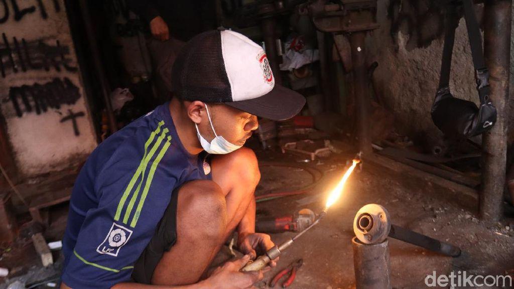 Cerita UKM Knalpot Bandung Bertahan di Tengah Aturan Larangan Knalpot Bising