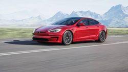 Tesla Model S Plaid Mulai Dikirim, Elon Musk Sesumbar Lebih Aman dari Volvo
