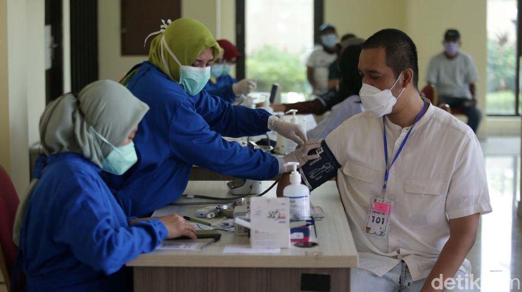 Vaksin Corona 18 Tahun ke Atas Gratis DKI Jakarta: Syarat dan Info Lengkap
