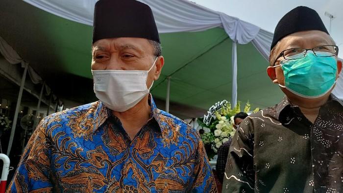 Wakil Ketua MPR, Zulfikri Hasan dan Arsul Sani menyambangi Rumah Duka Sentosa, Jakarta Pusat (Karin/detikcom)
