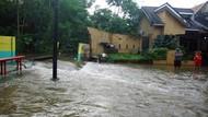 Perbaikan Turap Jebol di Ciputat Belum Usai, Banjir Masih Menggenang