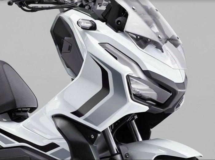 Honda ADV 150 Ross White