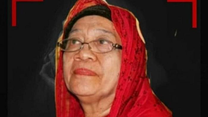 Ibunda Gubernur NTB Zulkieflimansyah, Hj Siti Fatimah Ungang Dea Mas