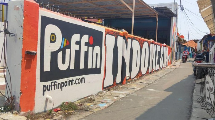 Lomba Mural Puffin Paint