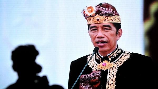 Presiden Joko Widodo (Jokowi) membuka secara virtual Pesta Kesenian Bali ke-43, Sabtu (11/6/2021). Jokowi menegaskan Bali destinasi wisata yang aman.
