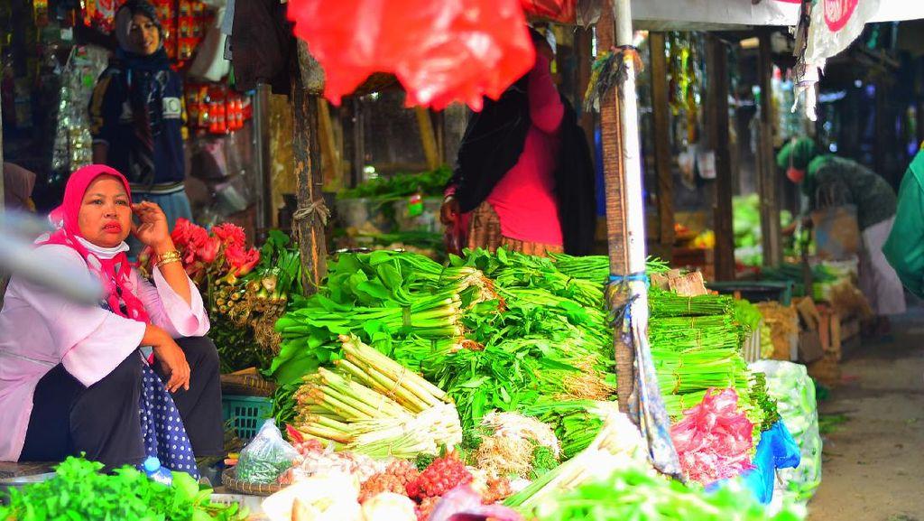 Wacana Sembako Kena PPN Bikin Pedagang Pasar di Pangandaran Resah