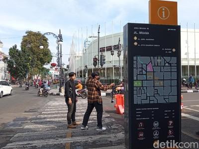 Sabtu Pagi di Jalan Asia-Afrika Bandung