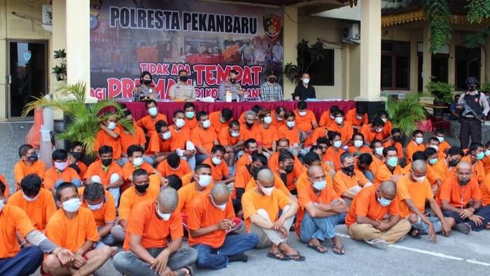 76 preman di Pekanbaru ditangkap polisi