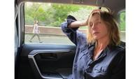 Drama Percintaan Model yang Dituduh Selingkuh dengan Suami Saudari Kembarnya