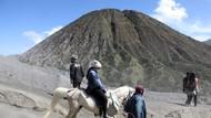 Nasib Jembatan Kaca Gunung Bromo, Tunggu Pembebasan Lahan Warga
