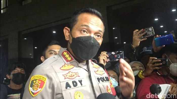 Kapolres Jakarta Barat Kombes Ady Wibowo