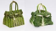 Keren! Seniman Ini Bikin Tas Hermes dari Asparagus hingga Apel