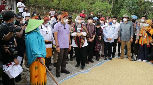 Menteri Pariwisata dan Ekonomi Kreatif Sandiaga Salahuddin Uno menyebutkan bahwa Bima kini akan bersaing dengan daerah tujuan wisata lainnya di Indonesia.