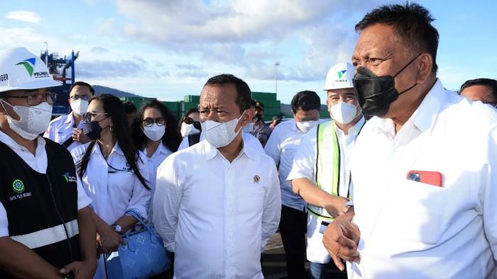 Menteri Investasi/Kepala BKPM Bahlil Lahadalia mengecek kesiapan Kawasan Ekonomi Khusus (KEK) Bitung, Sulawesi Utara. Kunjungan ini untuk menyerap persoalan yang dihadapi.