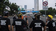 Dishub DKI Copot Rambu Road Bike di JLNT Kp Melayu