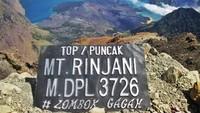 Cerita Mistis dari Gunung Rinjani, tentang 2 Puncak dan Pendaki Tersesat