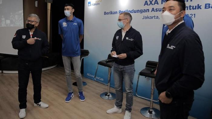 AXA Mandiri memberikan Asuransi jiwa kepada finalis Indonesian Basketball League (IBL) 2021. Masing-masing pemain, pelatih dan official mendapat senilai Rp 250 juta selama satu tahun.