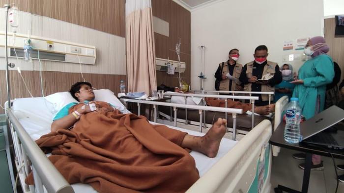 Badan Perlindungan Pekerja Migran Indonesia (BP2MI) berencana memindahkan perawatan medis tiga calon pekerja migran Indonesia (PMI) ke rumah sakit lain