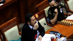 Suara dari DPR Agar Skandal Impor Emas Puluhan Triliun Dibongkar Jaksa