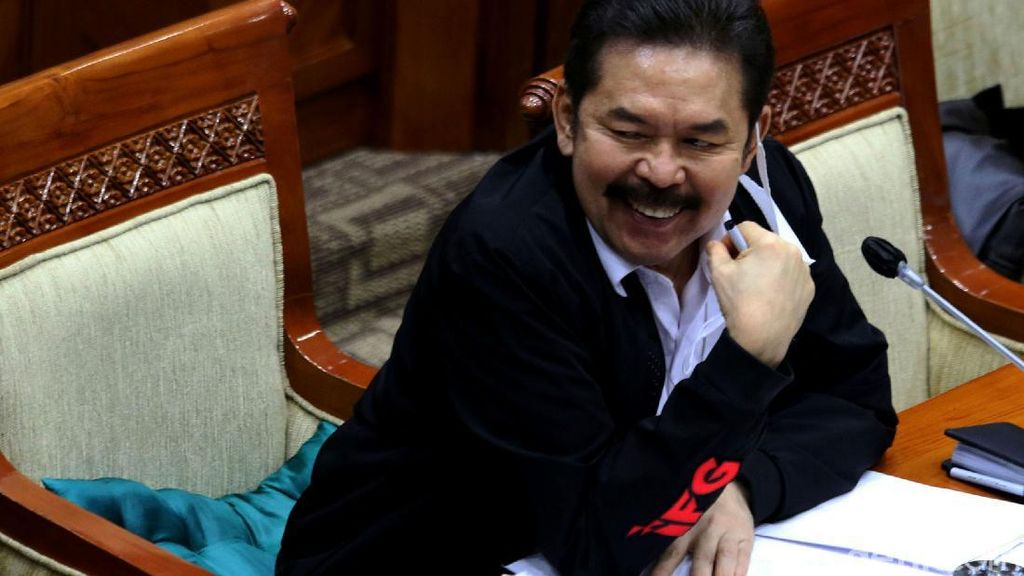Bahas Skandal Impor Emas Rp 47,1 T, Jaksa Agung Rapat Bareng DPR