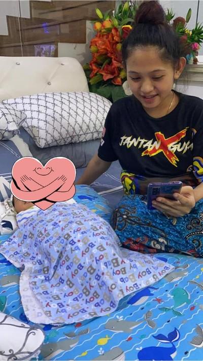 Bayi tertukar di rumah sakit