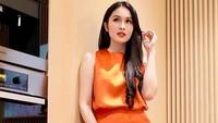 9 Potret Dapur Mewah Sandra Dewi, Tempat Favorit Buat OOTD
