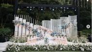 8 Foto Indahnya Dekorasi Lamaran Lesti Kejora, Habiskan 10 Ribu Kuntum Bunga
