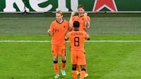 Jangan Bercanda Lagi Ya, Belanda
