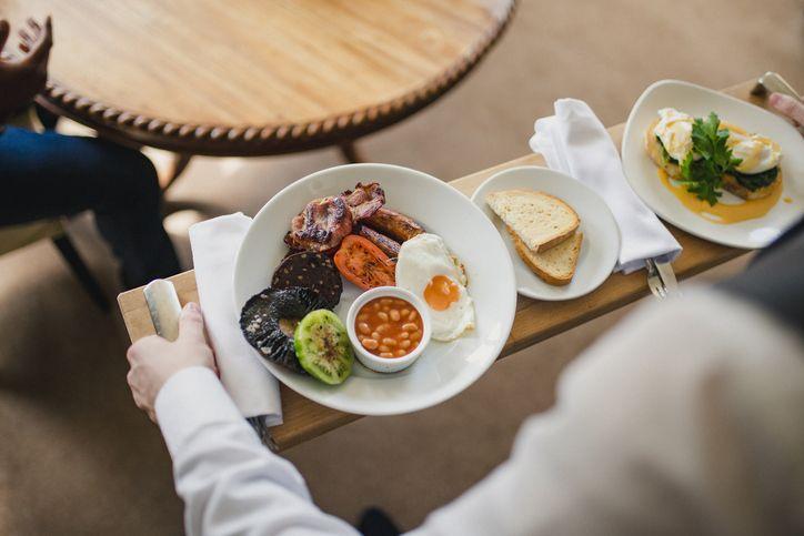 Kebiasaan Makan yang Harus Dihindari Agar Berat Badan Tidak Naik
