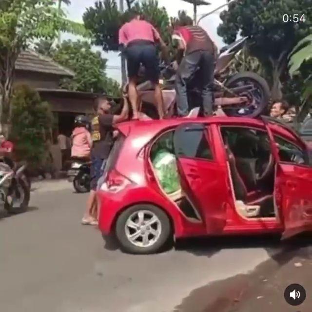kecelakaan di kediri