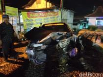 Mobil Sedan Tertabrak Kereta Api di Sidoarjo, Satu Orang Luka-luka