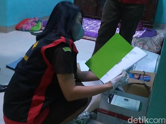 Kejari usut dugaan korupsi bantuan Corona  untuk madrasah dan ponpes di Kabupaten Pekalongan, Senin (14/6/2021).