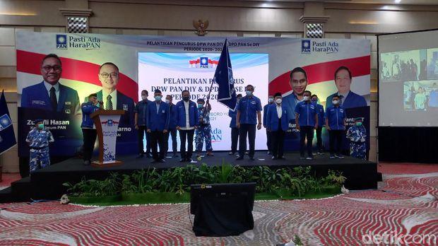 Ketum PAN Zulkidli Hasan melantik pengurus DPW PAN DIY, Senin (14/6/2021)