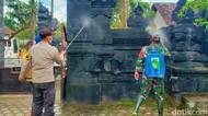 Cegah Penularan, Desa Klaster Hajatan di Banyuwangi Disemprot Disinfektan