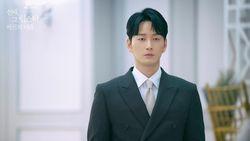 Jadi Suami Tamak di Drama Mine, Ini 5 Fakta Seputar Lee Hyun Wook