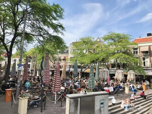 Grote Markt salah satu sudut keramaian Kota Den Haag