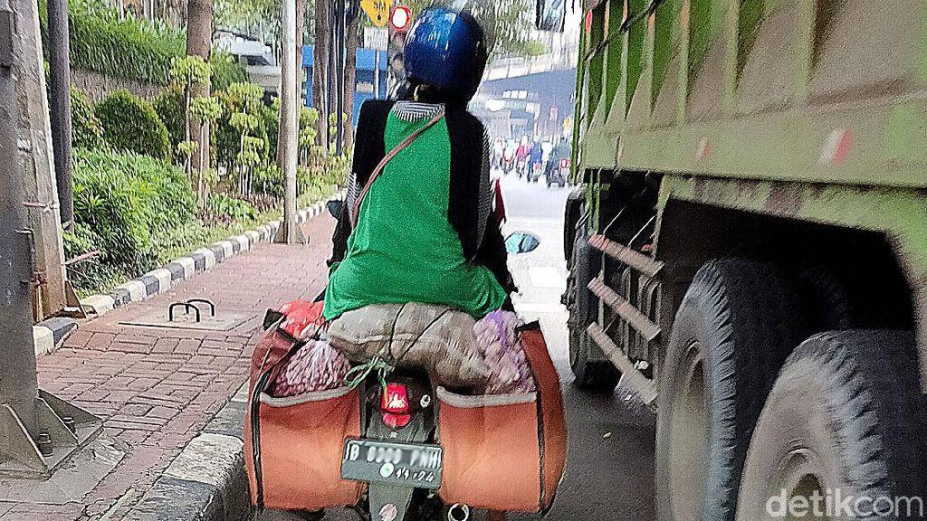 Motor Obesitas Wara-wiri di Jalanan Jakarta