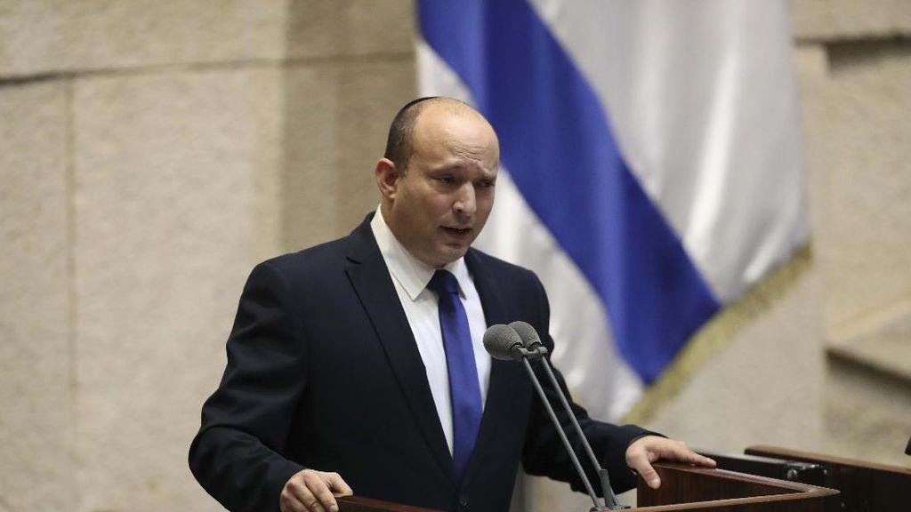 Sebuah Sinagoga Dicoret Swastika, PM Israel Berang