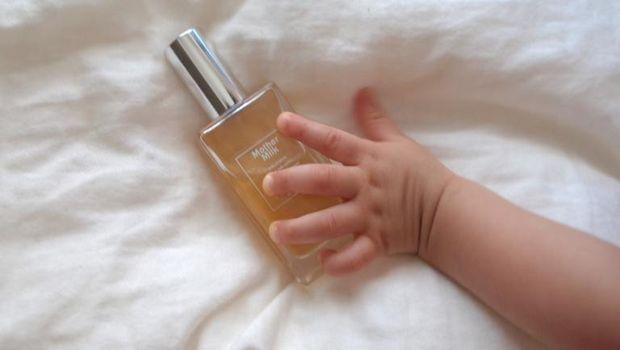 Parfum Mother Milk beraroma bayi baru lahir.