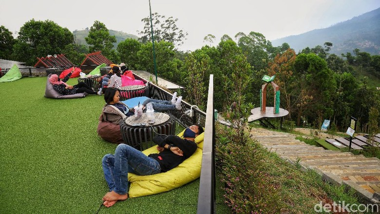 Pesona Jawa Barat memang tak pernah habis. Di Cicalengka ada wisata sunnah rosul yang bisa dijelajahi.